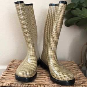 NWOT Nature Breeze Rain Boots